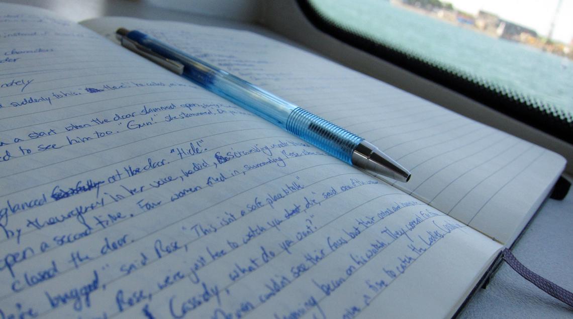 Momento de escribir, pero antes…